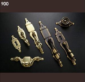 Herrajes latón 900